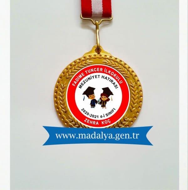 Mezuniyet madalya örneği